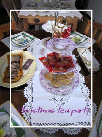 Christmas_tea_party_2