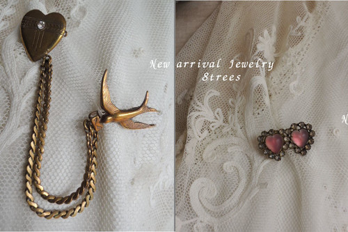 Antique_jewelry
